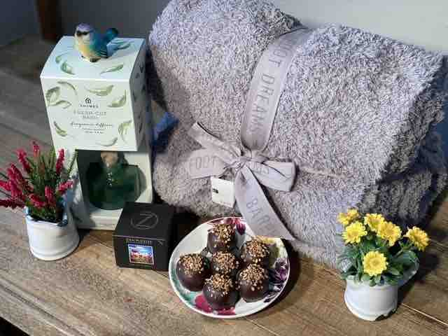 Cool Gift Ideas For Mother's Day At Home