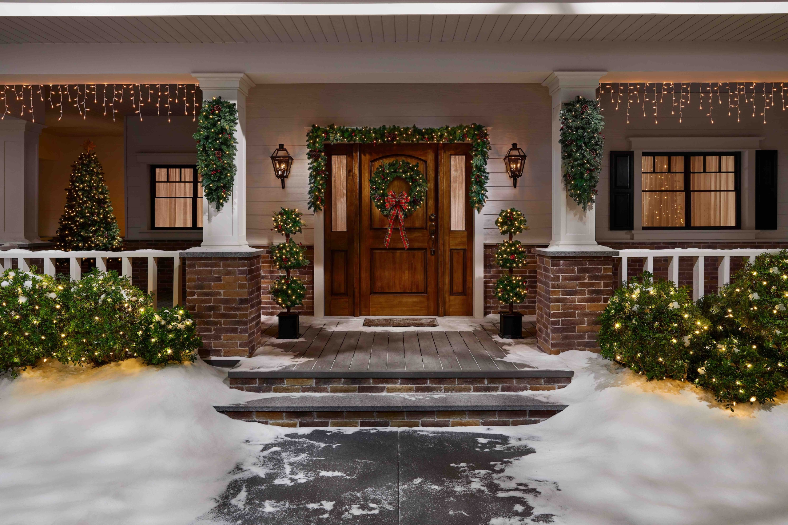 Home Depot's Holiday Décor Makes You Wish It Was December All Year