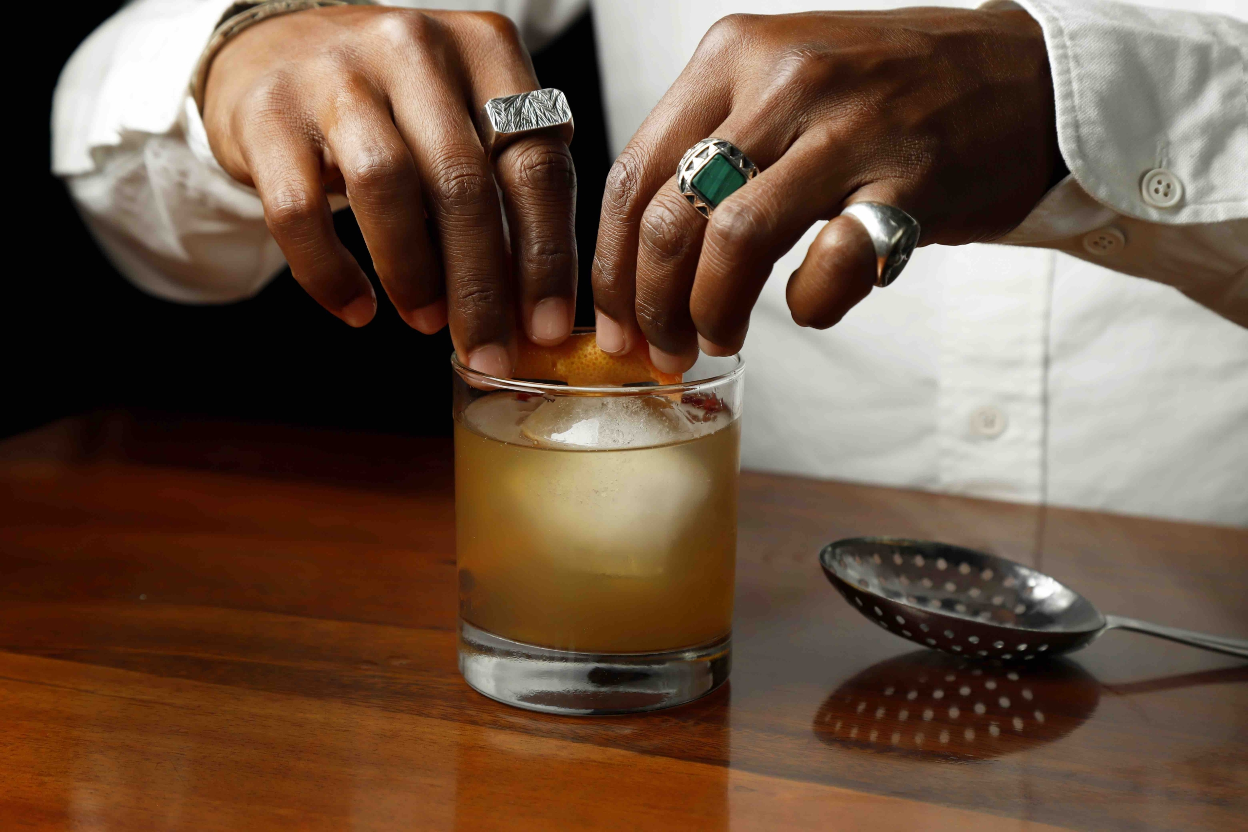 Try These Delicious Thanksgiving Cocktails To Serve This Holiday Season