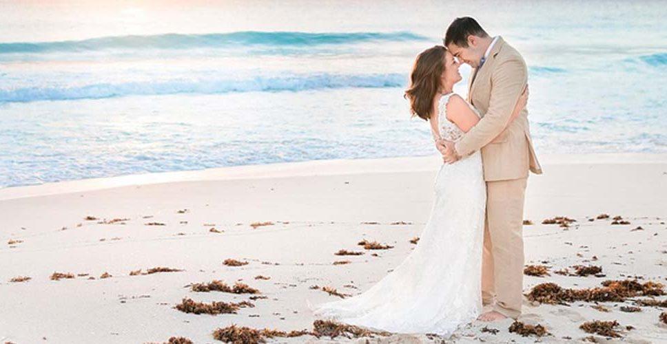 Trajes a la medida para novio de lino para boda en playa a medida. Ciudad de México
