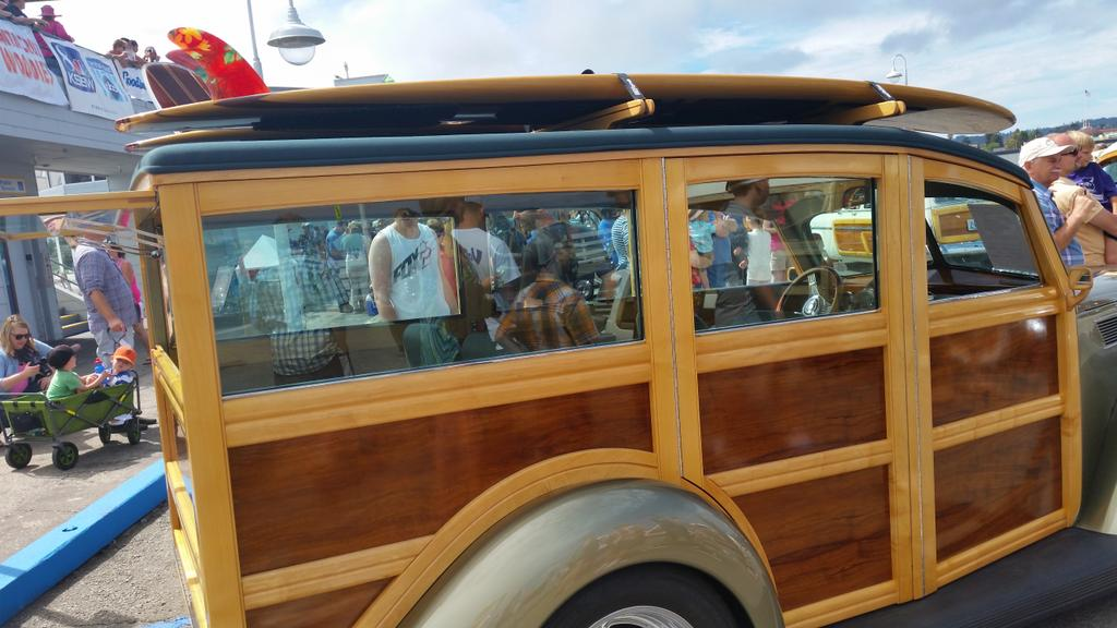 CLASSIC WOODIES COME OUT FOR BIGGEST ANNUAL AT WORLD'S TOP SEASIDE PARK