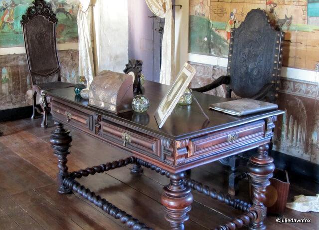 Dark wooden desk and chair, Casa de Sezim, Guimarães