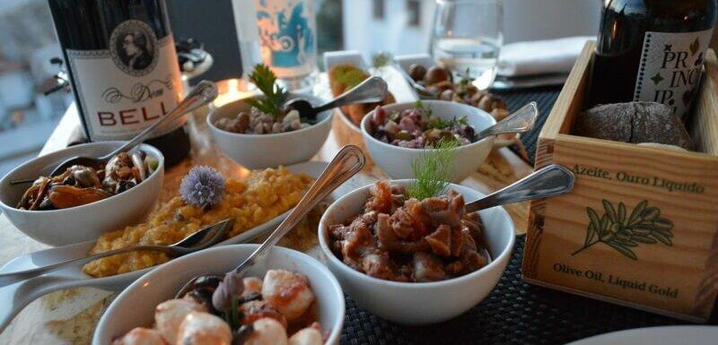 8 starters, Loggia Restaurant in Coimbra, Portugal