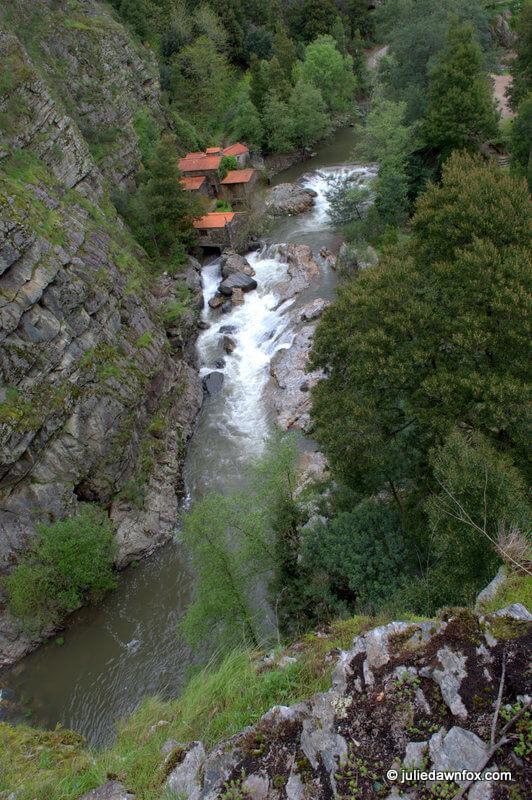 Watermill, Senhora do Salto