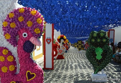 Paper Barcelos cockerels and Viana hearts from Portugal's Minho region, Ruas Floridas, Redondo 2013