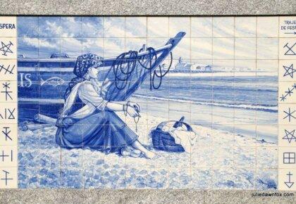 Waiting. Azulejo mural, Póvoa de Varzim