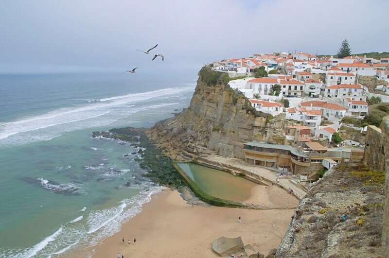 Azenhas do Mar and seagulls