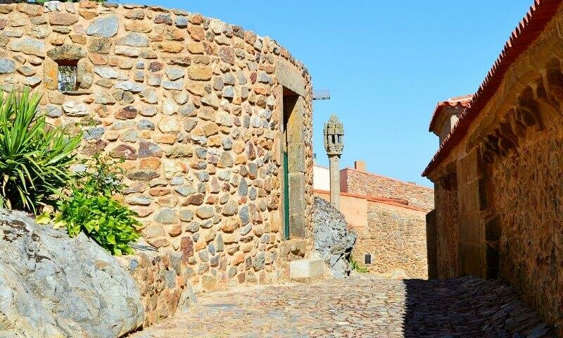 Ancient cobbled streets and pillory, Castelo Rodrigo, Portugal