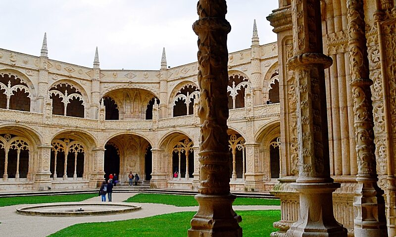 Manueline architecture at Jerónimos Monastery, Lisbon
