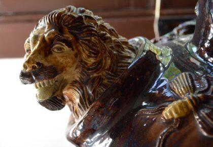 Smarmy ceramic lion, Museu da Ceramica, Caldas da Rainha