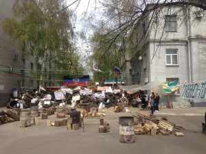 Sloviansk_standoff_-_18-20_April_2014_-_04-wikimedia