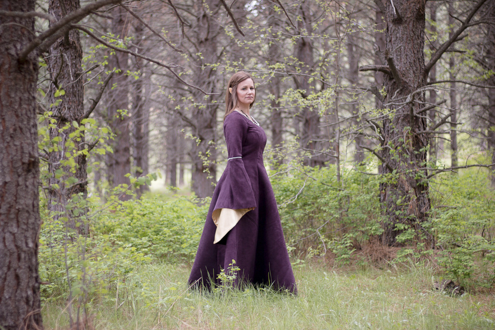 Making a Medieval Inspired LARP Dress
