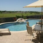 tn_1200_Custom_Designed_Pools_m.jpg