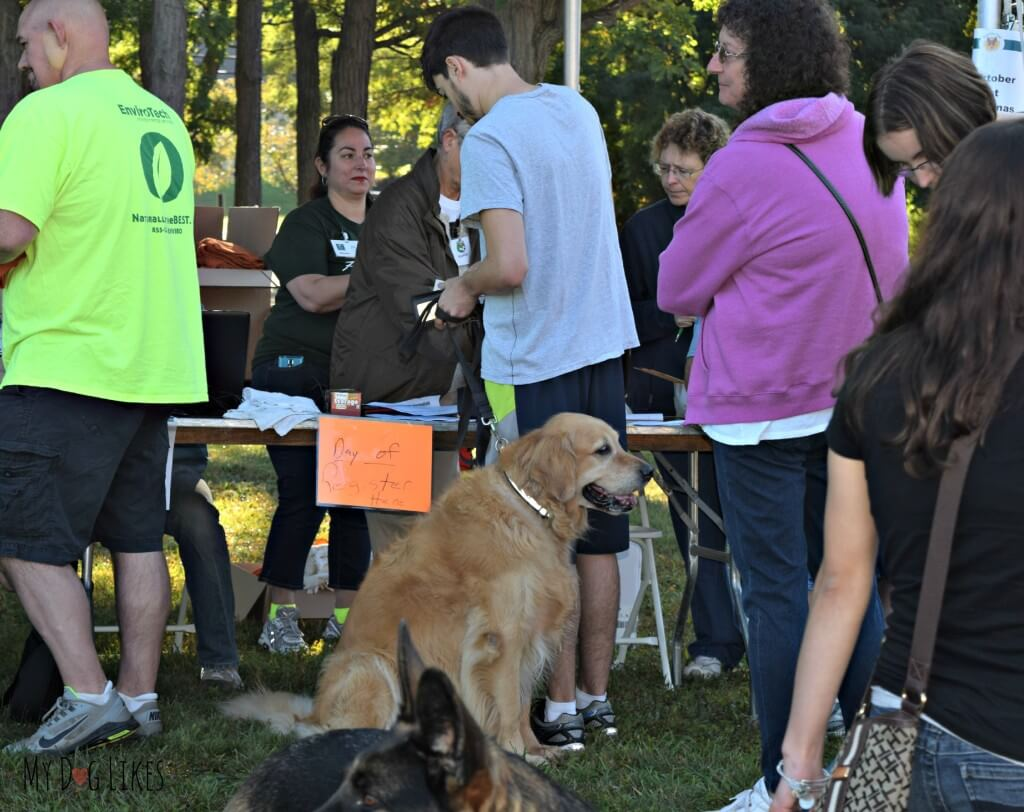 Harley and Kevin registering for the Barktoberfest Pet Walk