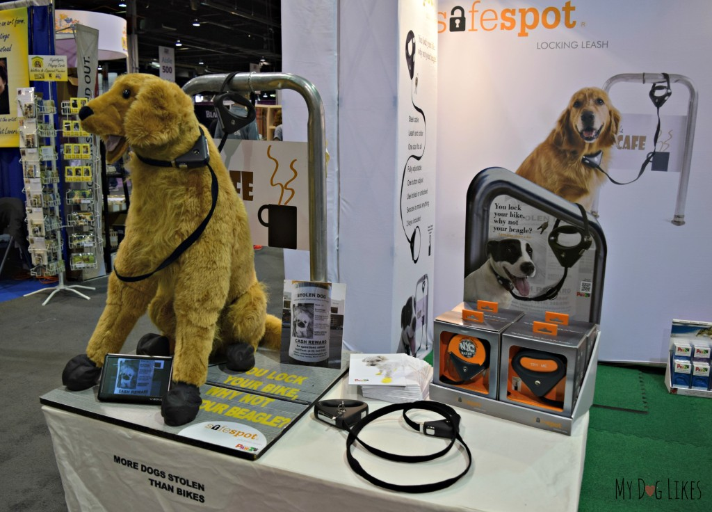 Checking out the Safe Spot Leash at Backer's Total Pet Expo