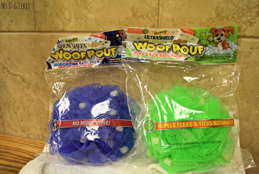 Woof Pouf's come in 2 different varieties: deodorizing and flea and tick repellent