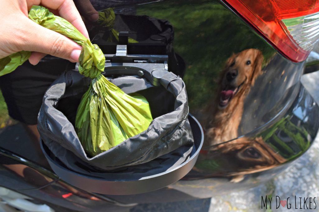 Poop, Scoop & Boogie Travel Trash Can Review