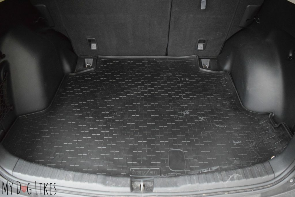 Custom fit cargo liner for a Honda CR-V