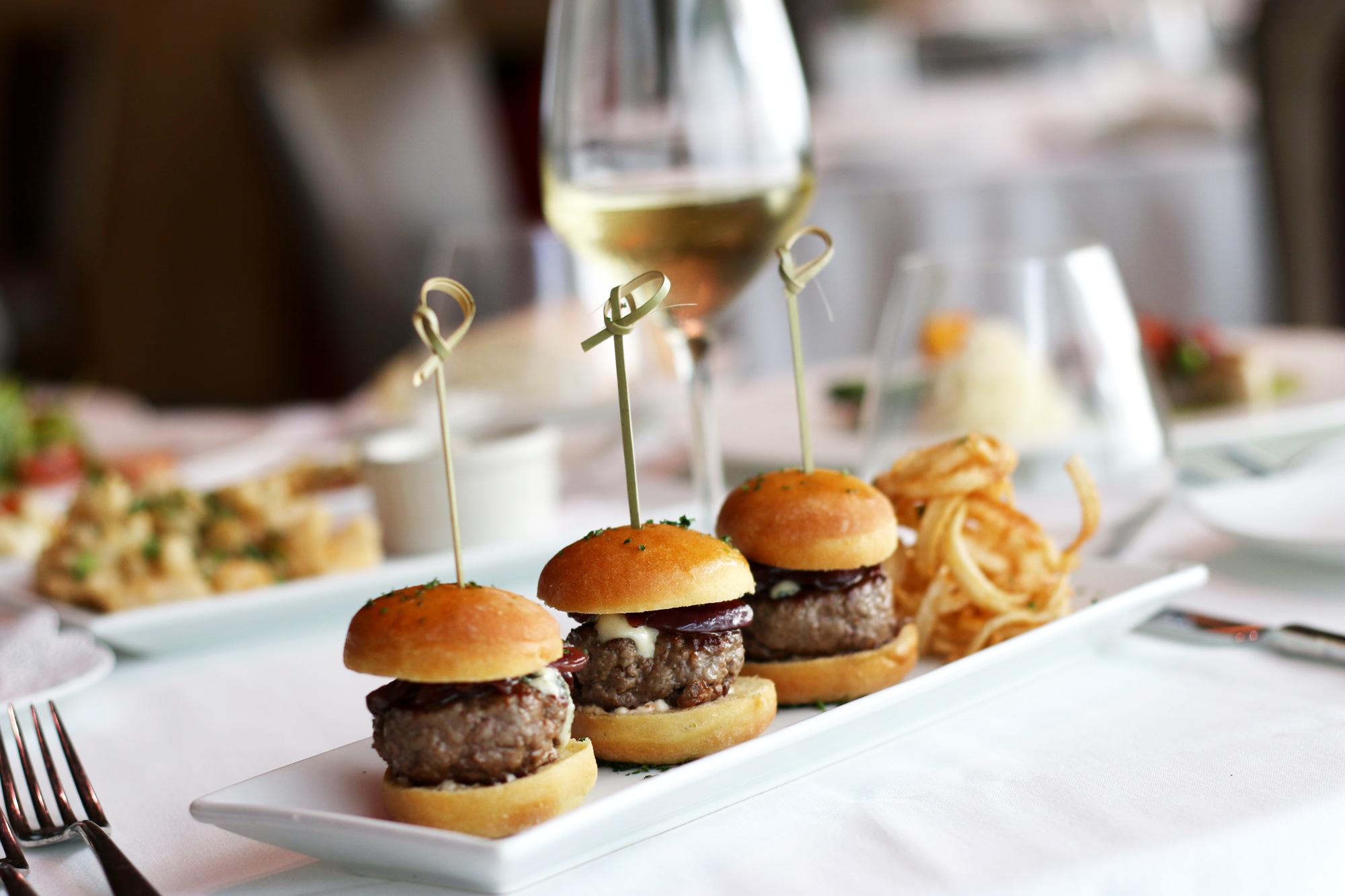Mini-Burgers-Gorgonzola