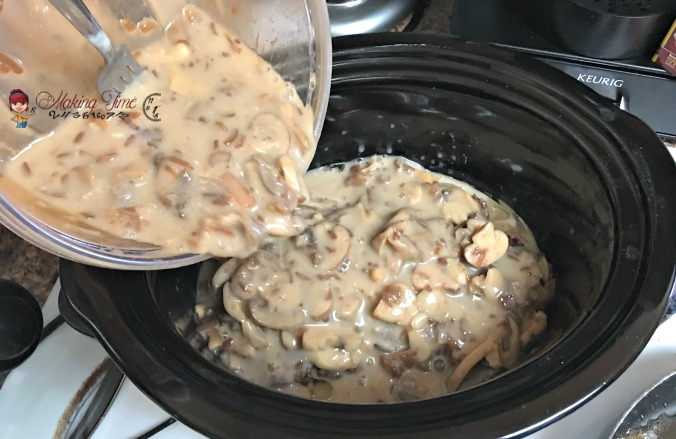 This Crockpot Salisbury Steak #recipe is one of my favorites in the fall. It's really easy to make and the whole family loves it.