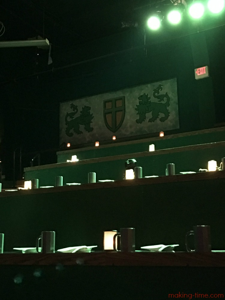Medieval Times is perfect for a family night out. From the time you walk into the castle, to the time you walk out, you get a true Medieval experience, including dinner and entertainment! #MedievalTimes #LyndhurstCastle #MedievalTimesNJ #familyfun #familytime #jousting #GoGreenKnight