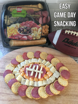 Easy Game Day Snacking   @HormelFoods #HormelGatherings #partytrays #gameday