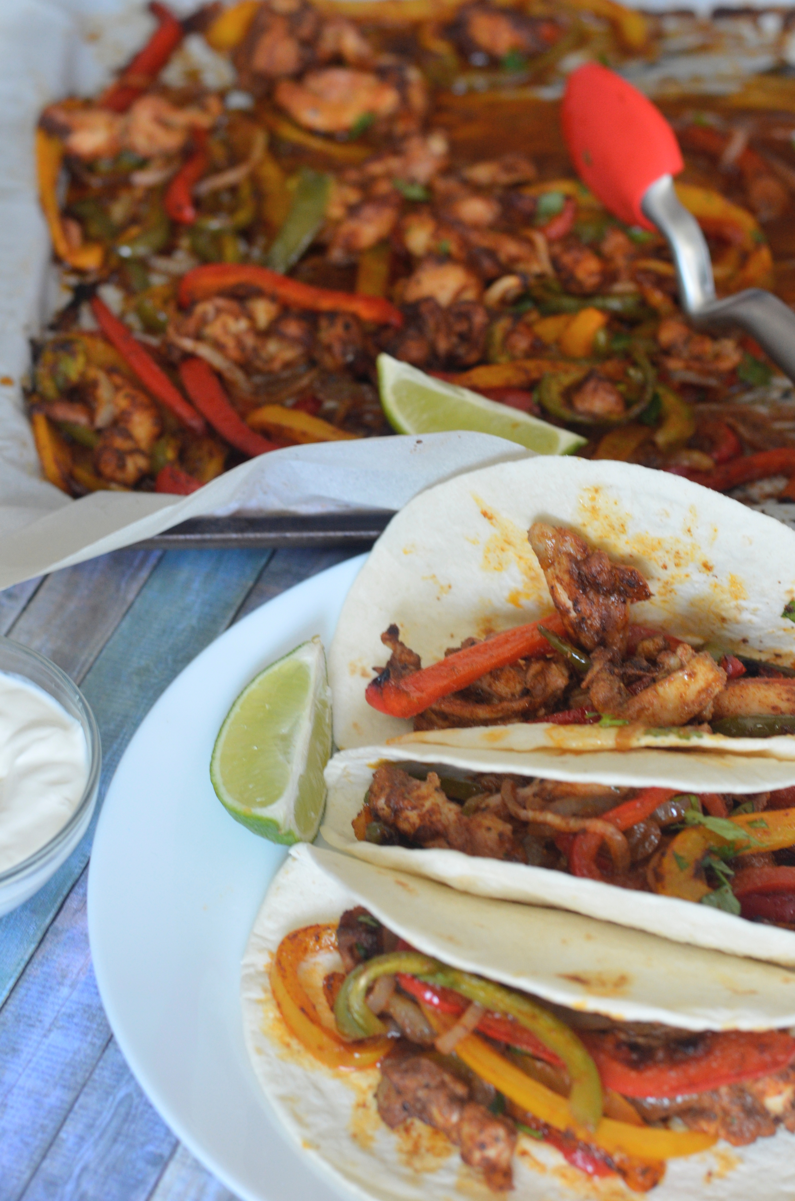 One Pan Chicken Fajitas | #onepanmeals #chickenfajitas
