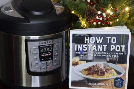 Instant Pot Cookbooks to Help You Get Started | #InstantPot #holidaygiftguide #giftideas #cookbook #giftsforthekitchen