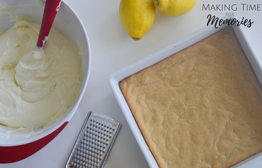 Creamy Dreamy Lemon Bars ~ #lemonbars #recipe