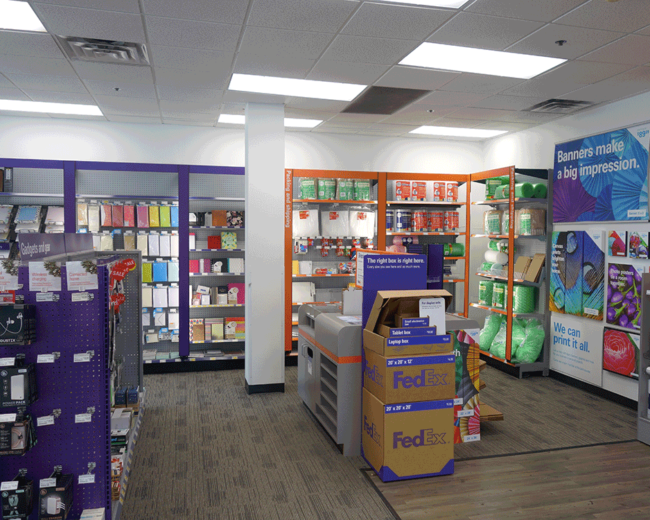 FedEx Displays