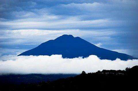Campsites near tenorio volcano