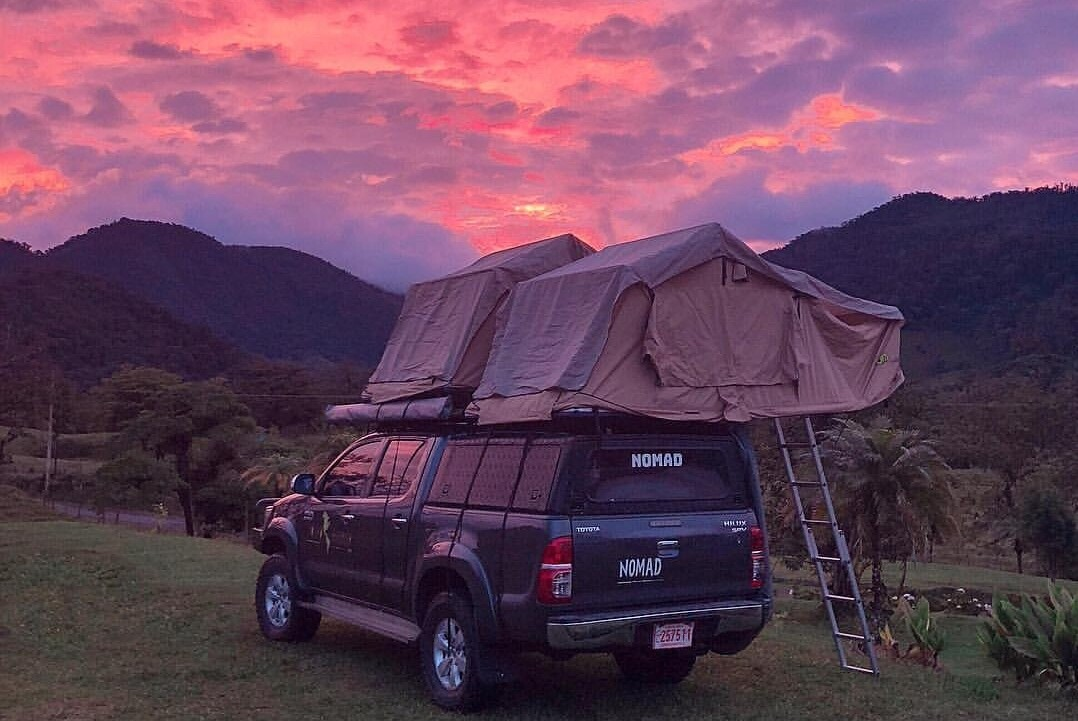 Hilux Double Rooftop tent
