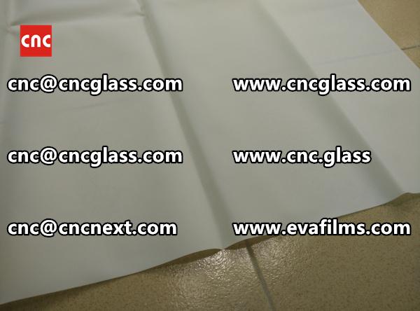 Laminated safety glass EVA-based densely cross-linked interlayer (20)