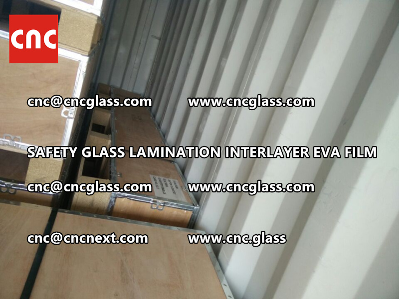 SAFETY GLASS LAMINATION INTERLAYER EVA FILM PACKING LOADING (1)