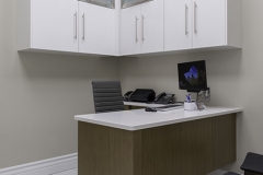 metro_natural_reconwalnut_designerwhite_hpl_office