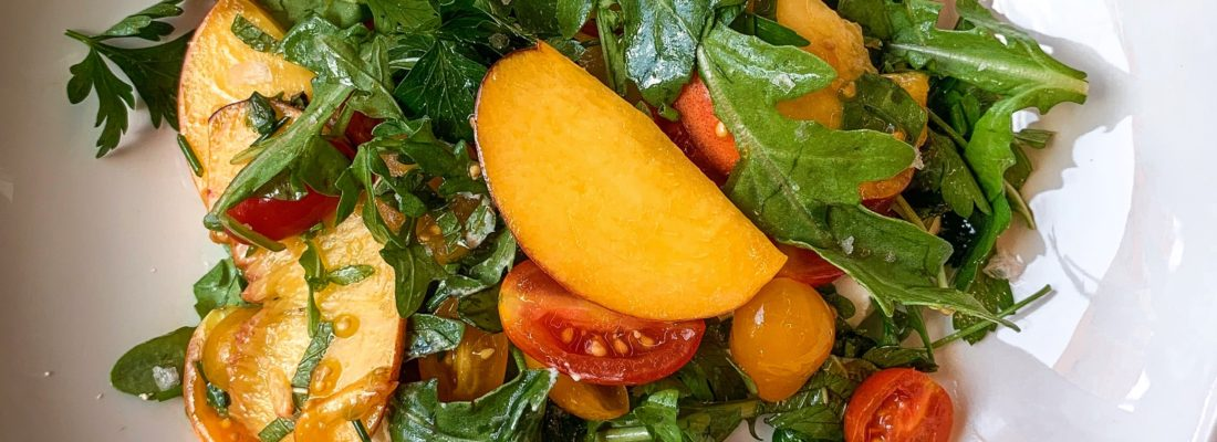 SALAD SPECIAL: HEIRLOOMS AND PEACHES SALAD WITH BURRATA AND ARUGULA