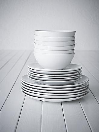 fargrik-piece-dinnerware-set__0172486_PE286879_S4-1