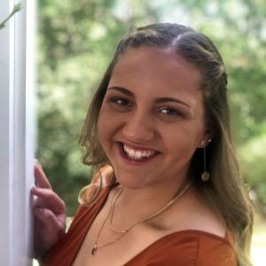 2019 Mercy graduate Victoria