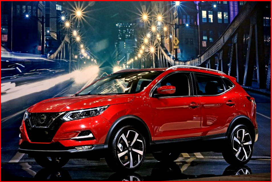 AutoInformed.com on Nissan 2020 Rogue Sport - Retouched Car