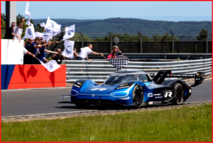AutoInformed.com on Volkswagen ID.R With Two Electric Motors on Record Lap at Nordschleife