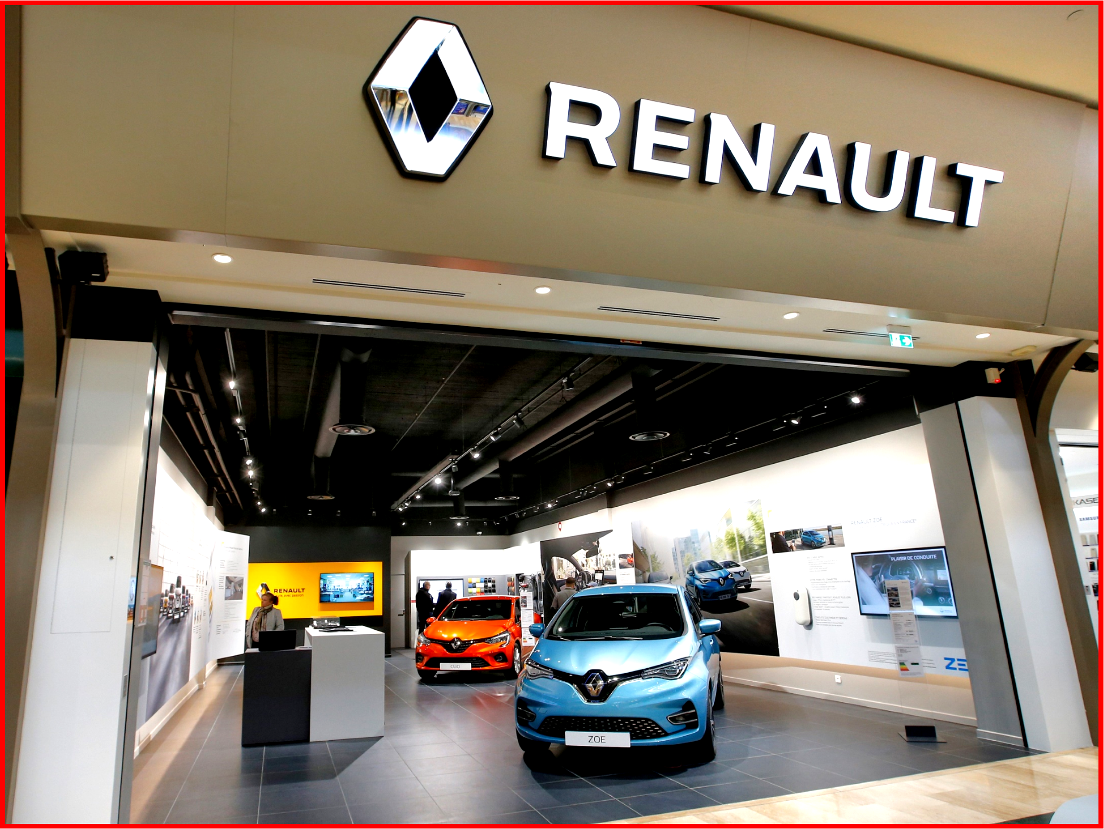 AutoInformed.com on Renault City - Concept Store