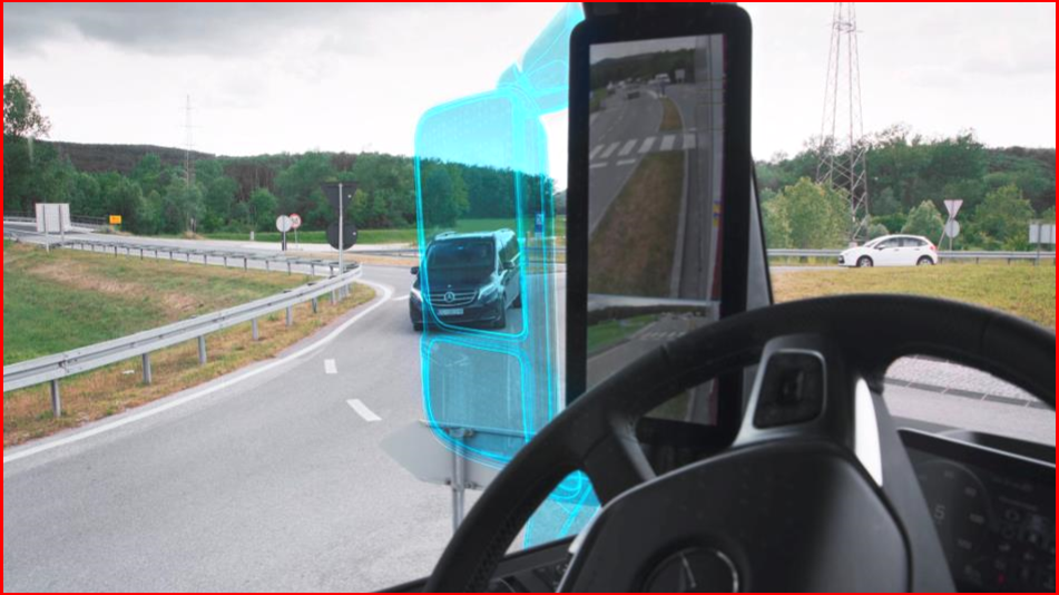 AutoInformed.com on Mercedes-Benz Actros with MirrorCam