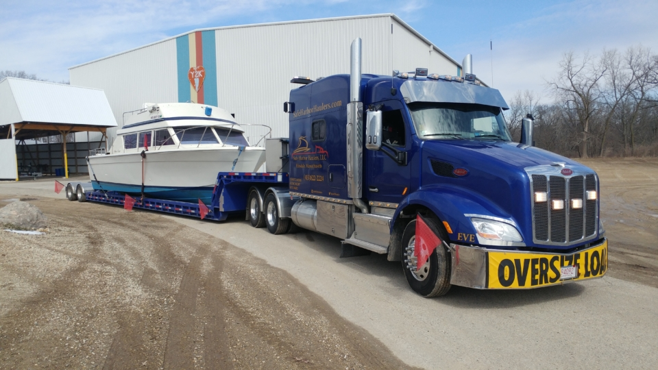 yacht delivery, yacht transport, boat transport, boat shipping, boat shipping cost