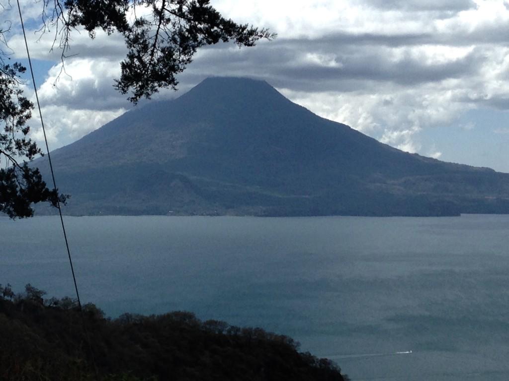 L Atitlan
