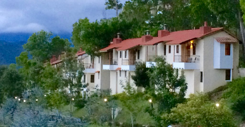 Altocerras Villas