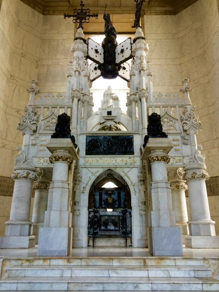 Mausoleum for Christopher Columbus