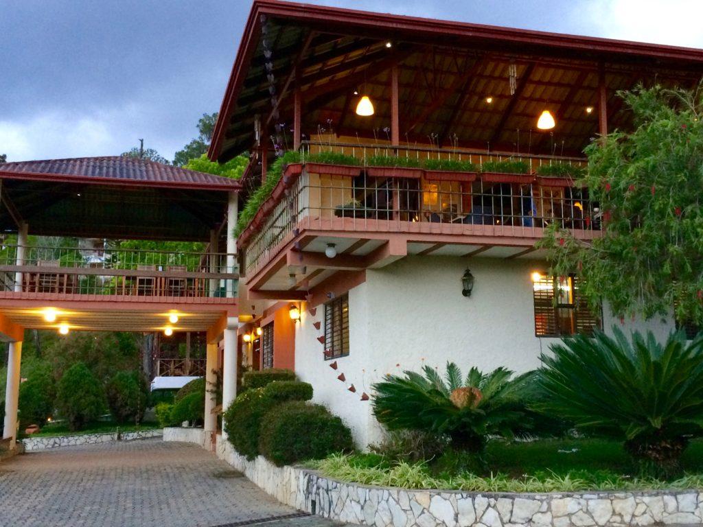 Restaurant at Altocerras Villas