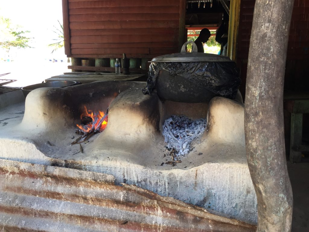 One-pot barbecue pits
