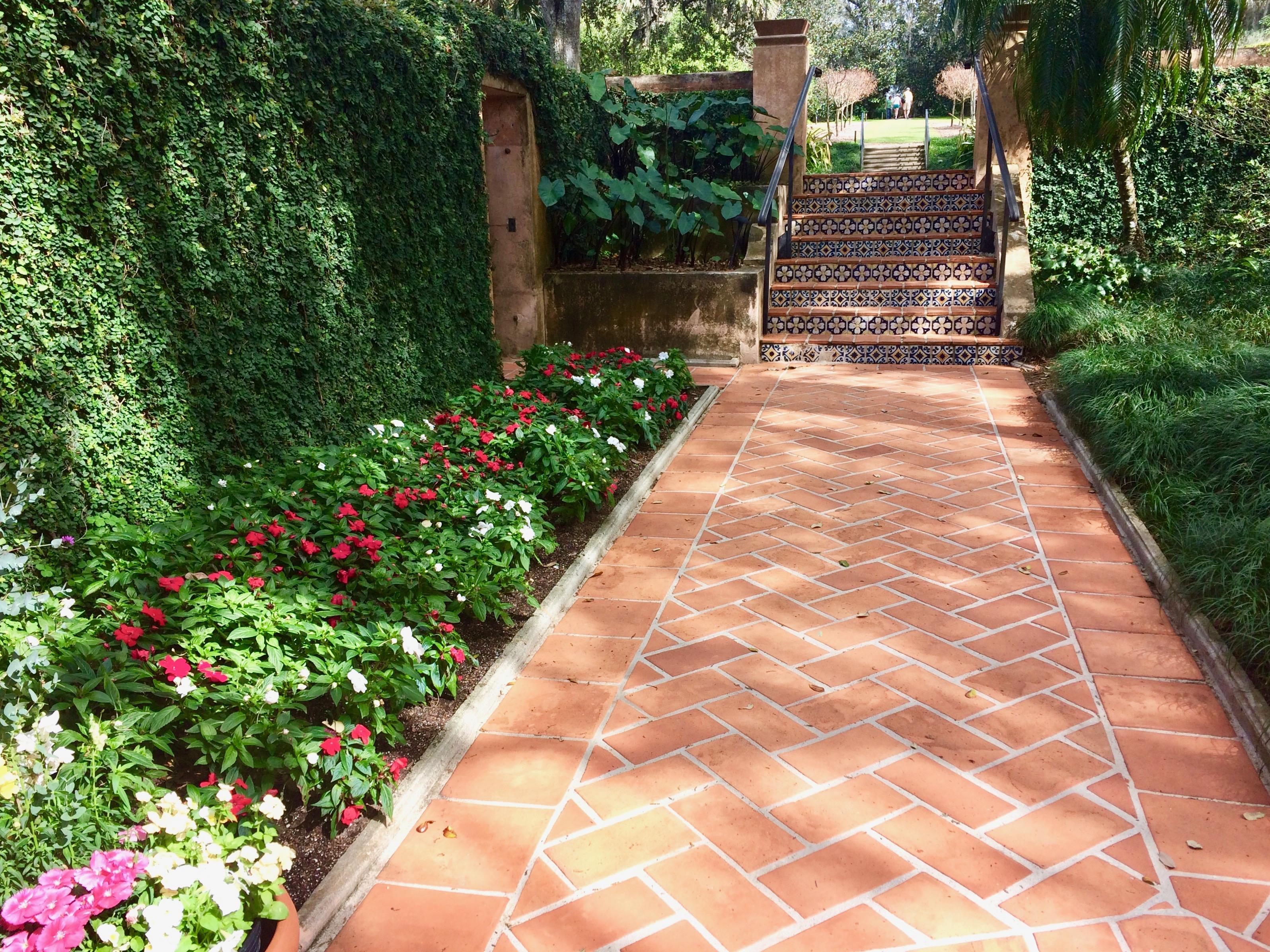 Tile outdoors PInewood Estate