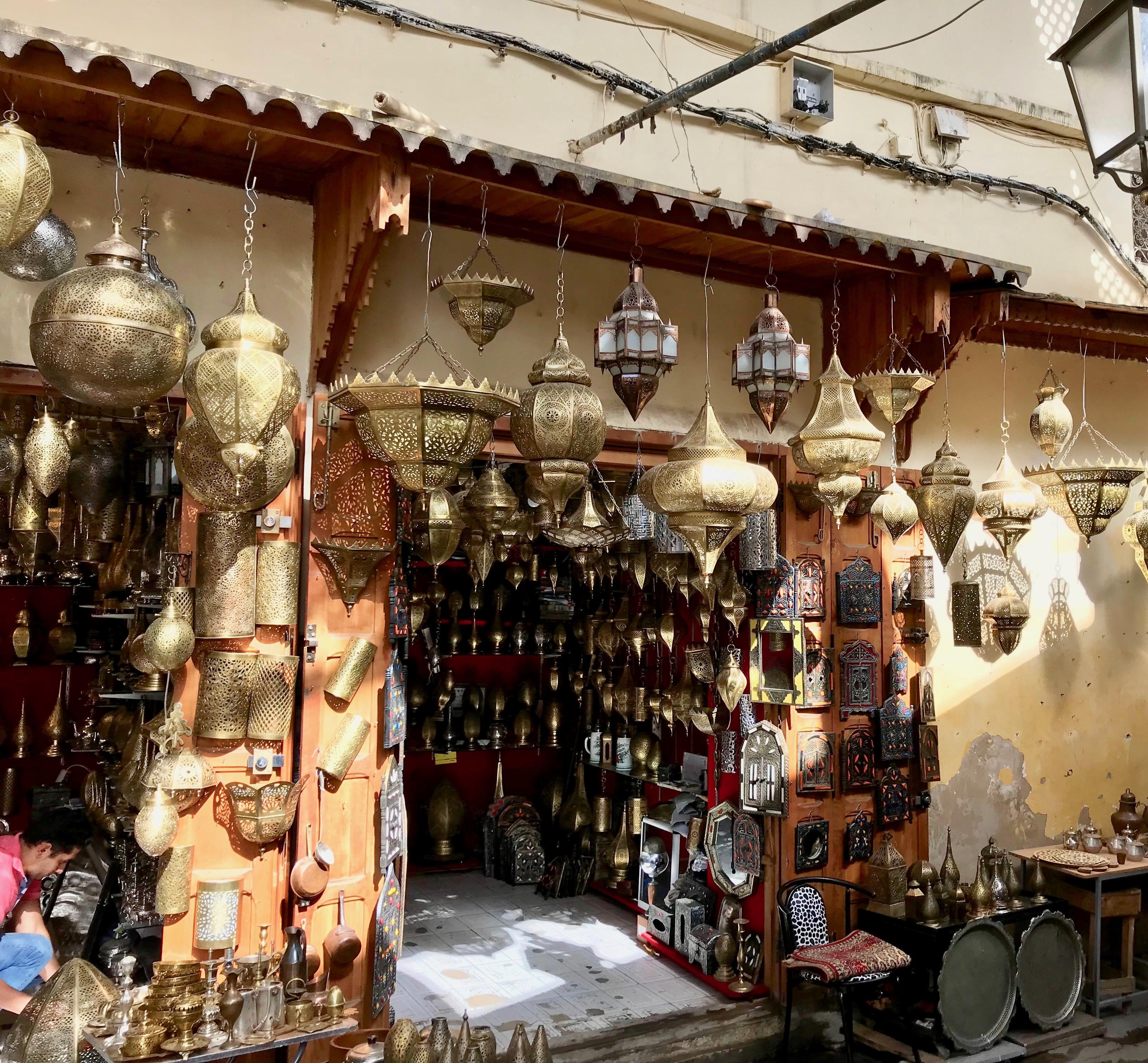 Lamp shop